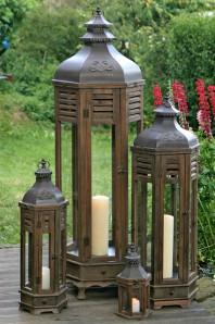 Laterne, 37cm hoch, Holz/Glas braun