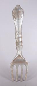 XXL-Gabel aus Keramik, 96 cm lang, altsilber